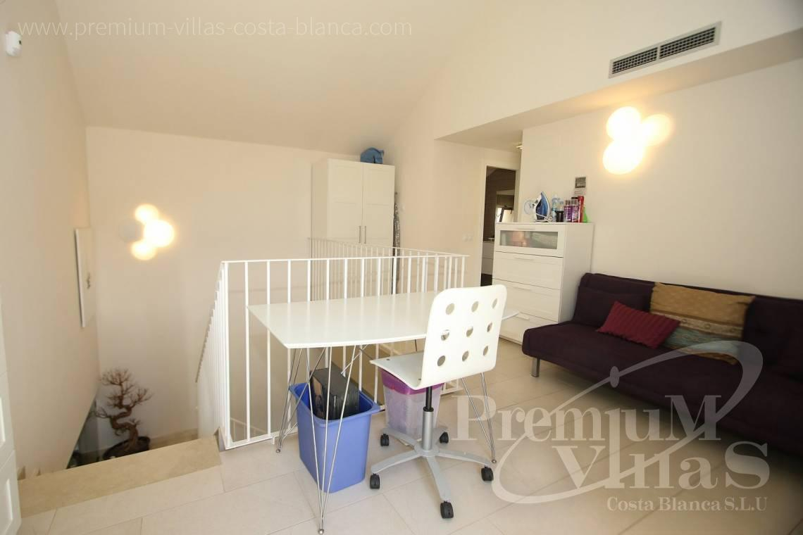 - A0552 - Beautiful and spacious penthouse in Mascarat 14
