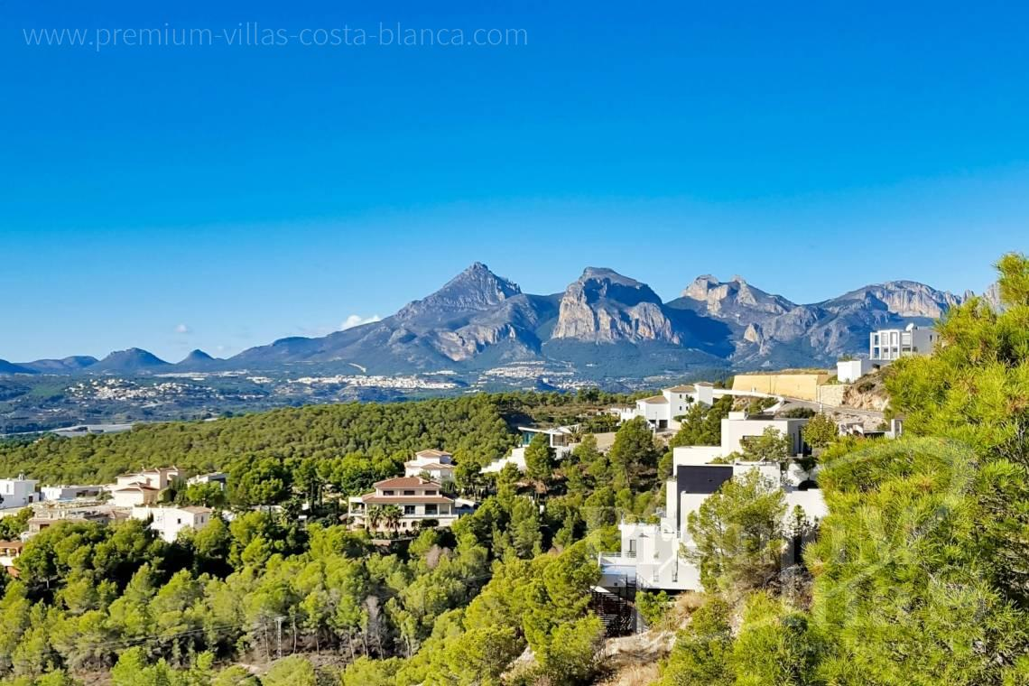 Buy a villa in the Sierra de Altea Costa Blanca - C2325 - Modern villa with sea views in Altea La Vella 7