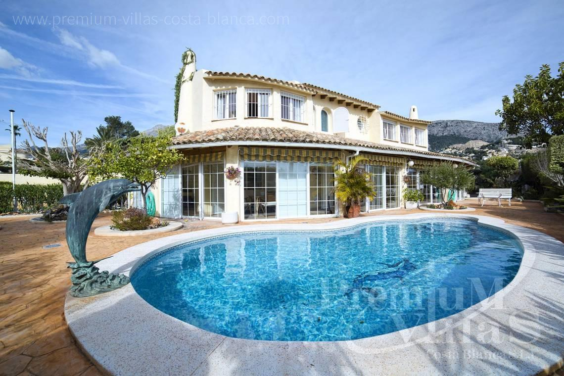 - C2028 - Beautiful and spacious villa with sea and mountain views 1