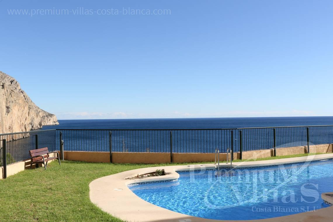 - A0531 - Oasis Beach: Luxurious apartment on the first line of the sea with 2 bedrooms 11