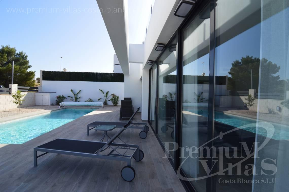 - C1903 - Modern villa with private pool and nice mountain view in Polop 4