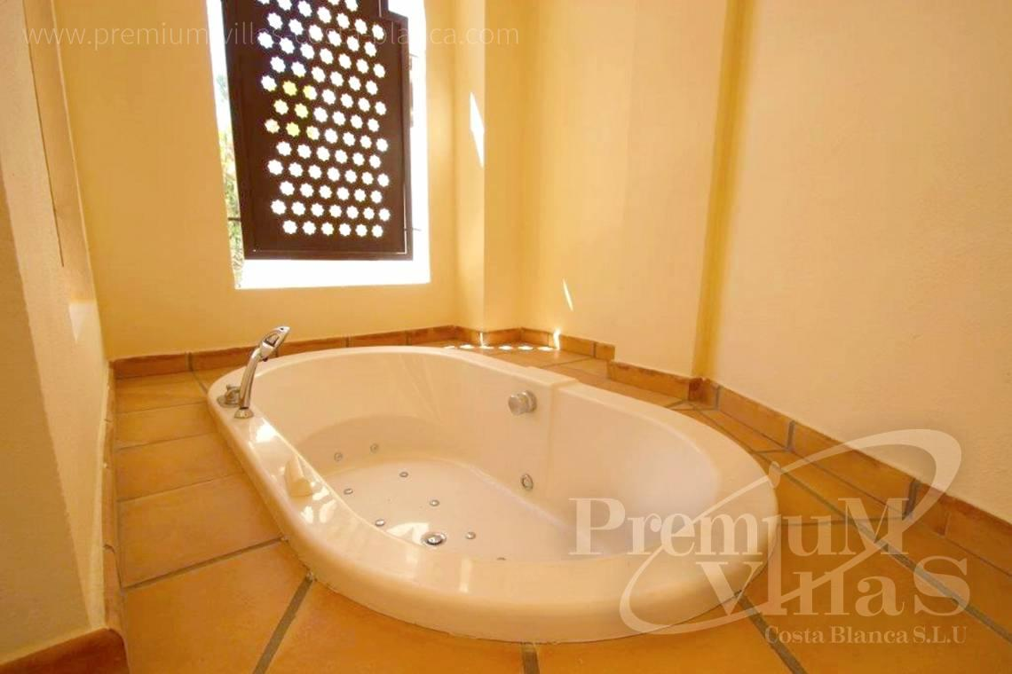 - AC0587 - Altea: ground floor with private garden in Villa Gadea 11