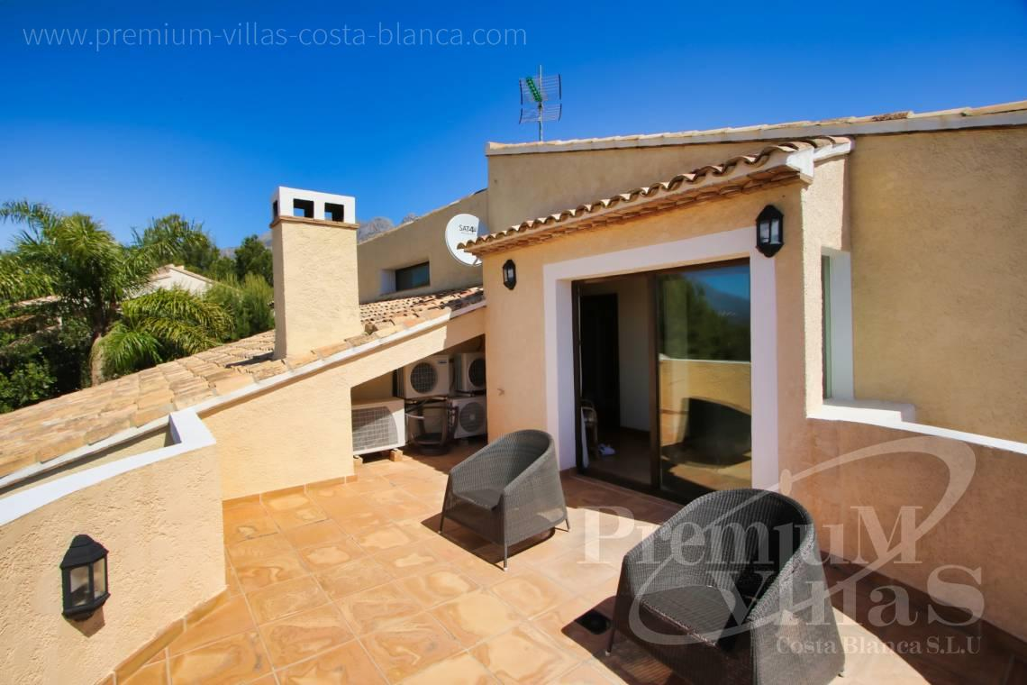 Buy a villa near the Don Cayo Golf Club in Altea Spain - C2274 - 4 bedroom villa with sea views in Altea La Vella 26
