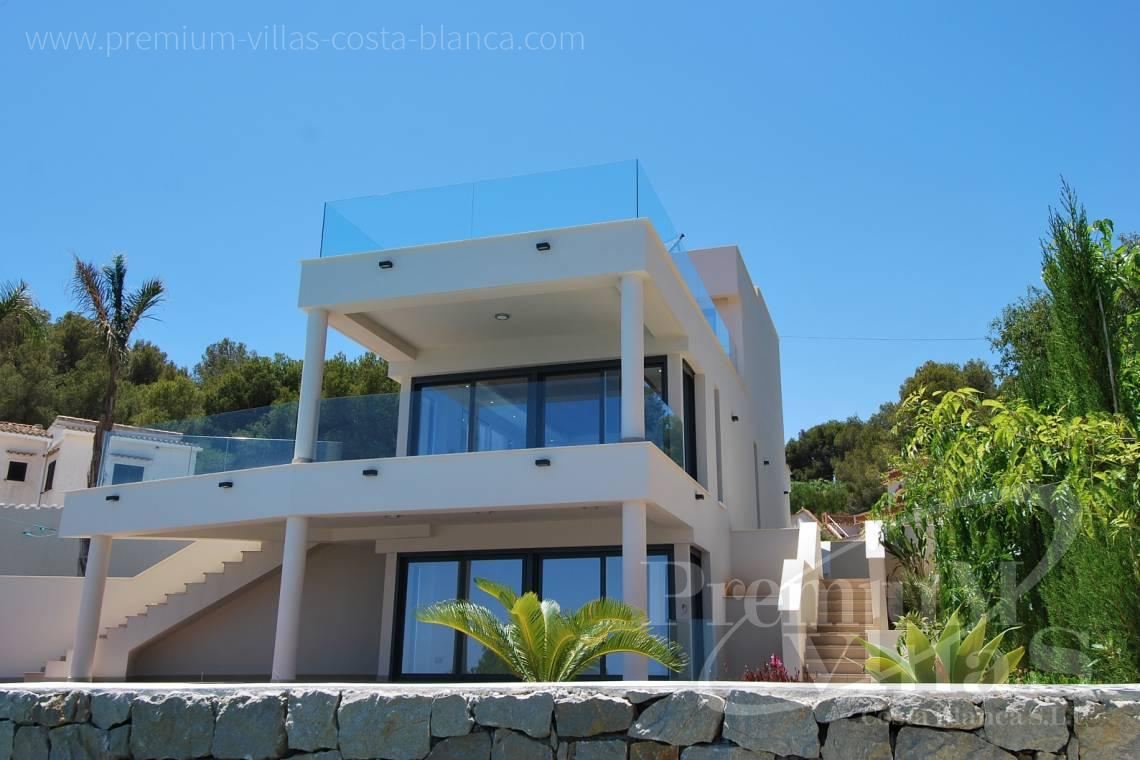 - C1436 - Modern front line villa in Benissa with direct access to the beach 4