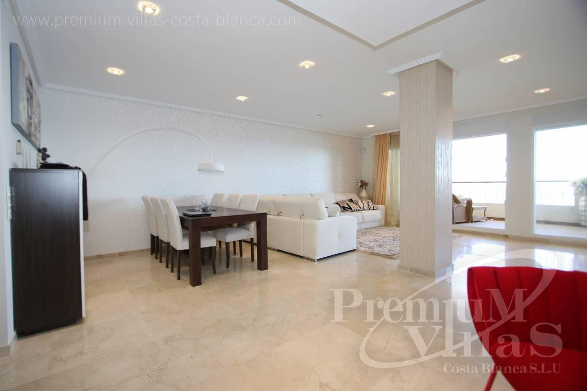 - A0531 - Oasis Beach: Luxurious apartment on the first line of the sea with 2 bedrooms 6