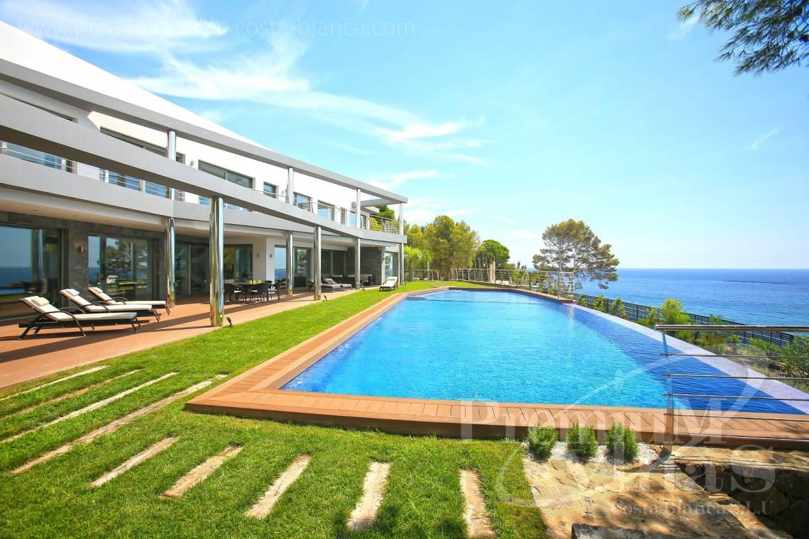front line villa for sale Altea Costa Blanca Spain - C1531 - Sea front villa in Altea! A unique luxury villa at the Costa Blanca 1