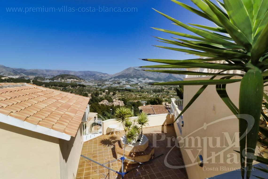 Buy villa with mountain views in El Tossal La Nucia - C2249 - Villa in urbanization El Tossal in La Nucia 30