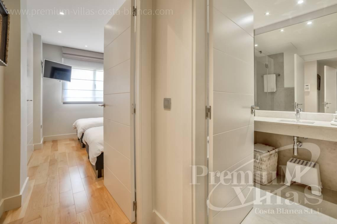 - A0606 - Seafront apartment in residential Mascarat Beach 21