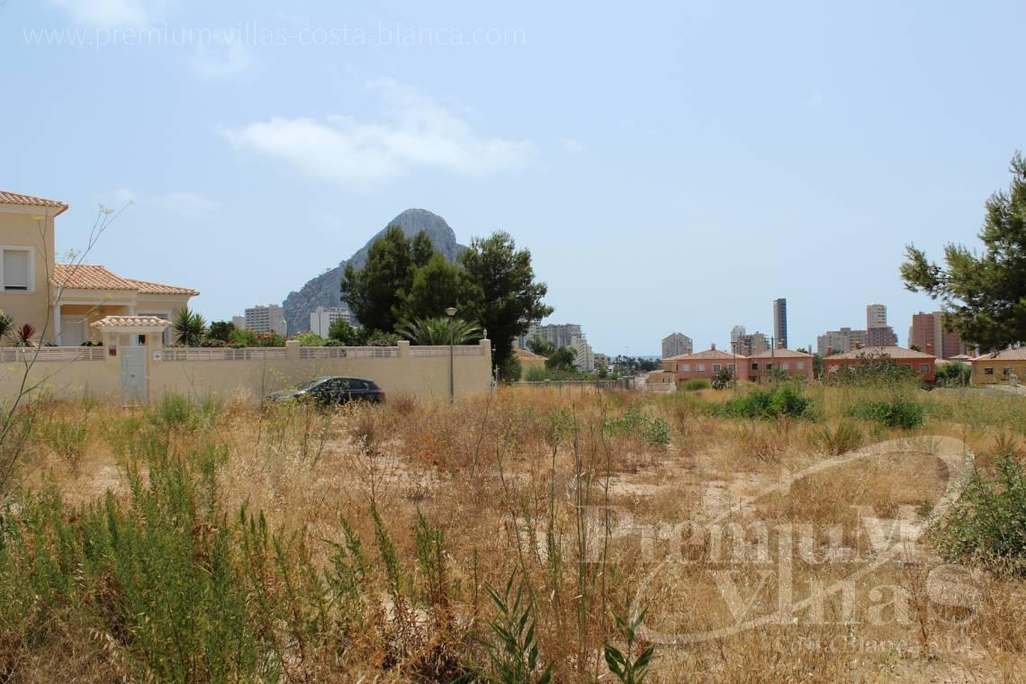 Plot for sale with sea views in Calpe Costa Blanca - 0183G - Five buildings plots at one step to the beach in Calpe 1