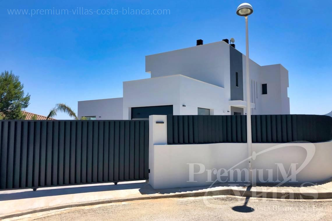 House villa for sale Calpe Costa Blanca - C2042 - Modern villa for sale in Calpe with nice sea views 5