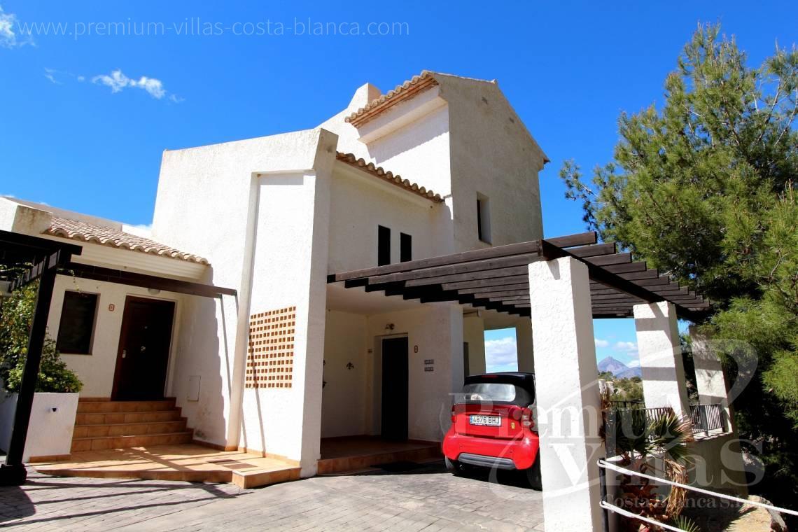 C1781 - Cozy corner townhouse with nice terraces, fantastic sea views in Altea Hills! 2
