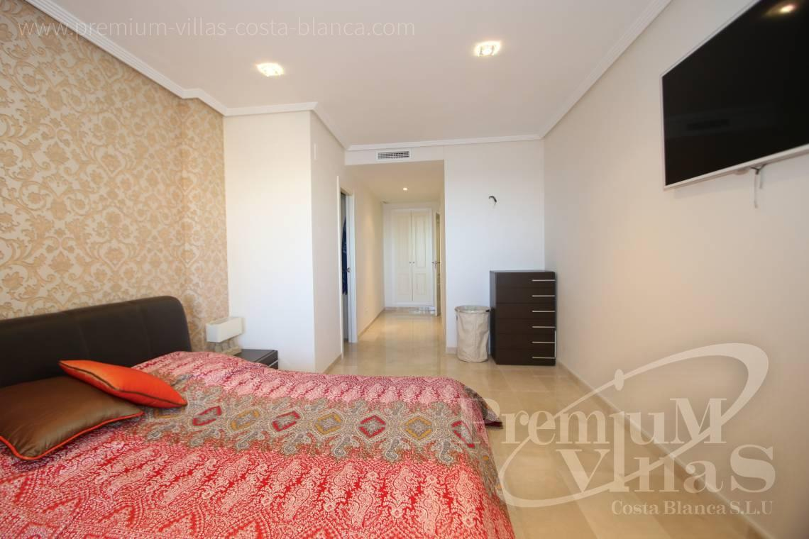 - A0531 - Oasis Beach: Luxurious apartment on the first line of the sea with 2 bedrooms 16