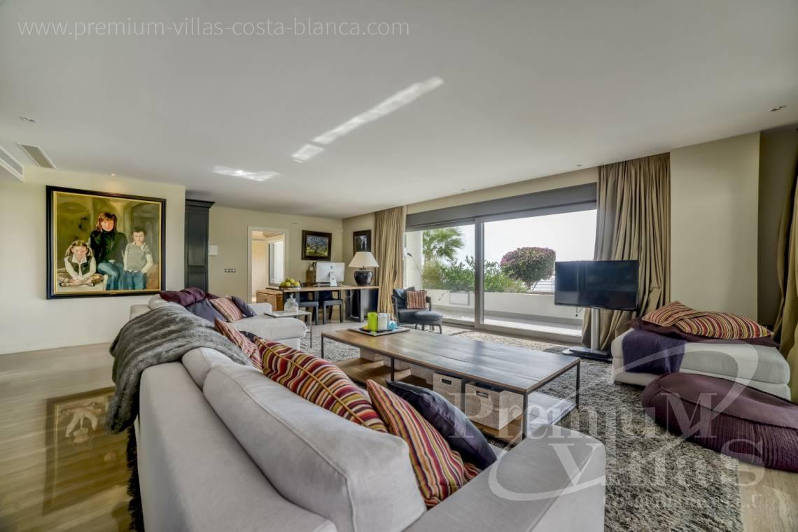 5 bedrooms luxury apartment in residential Mascarat Beach Altea Costa Blanca