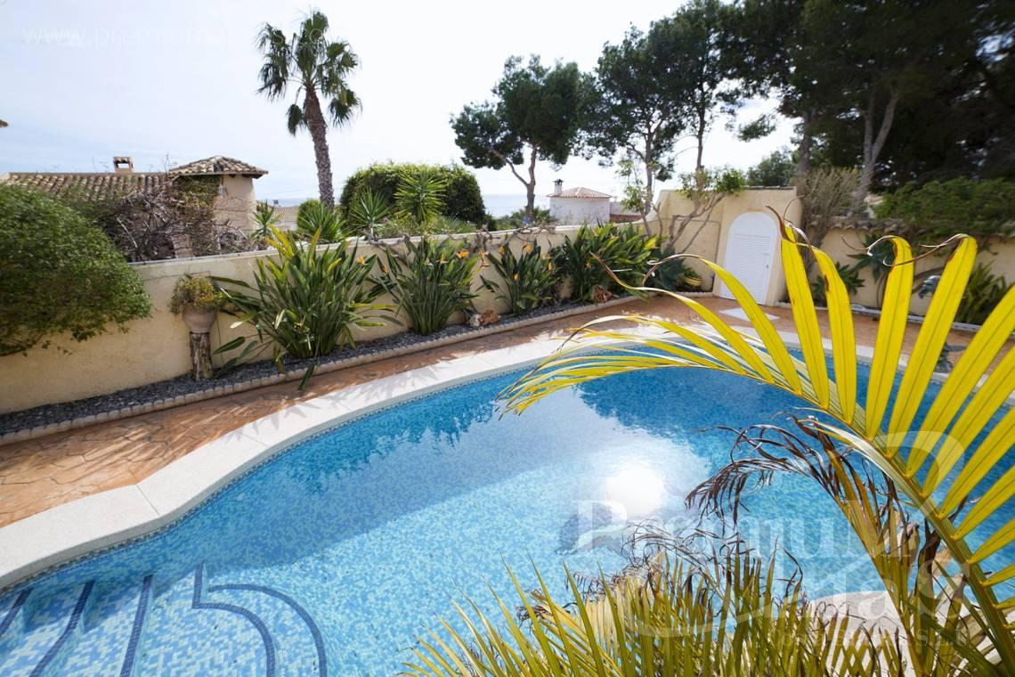 - C2028 - Beautiful and spacious villa with sea and mountain views 27