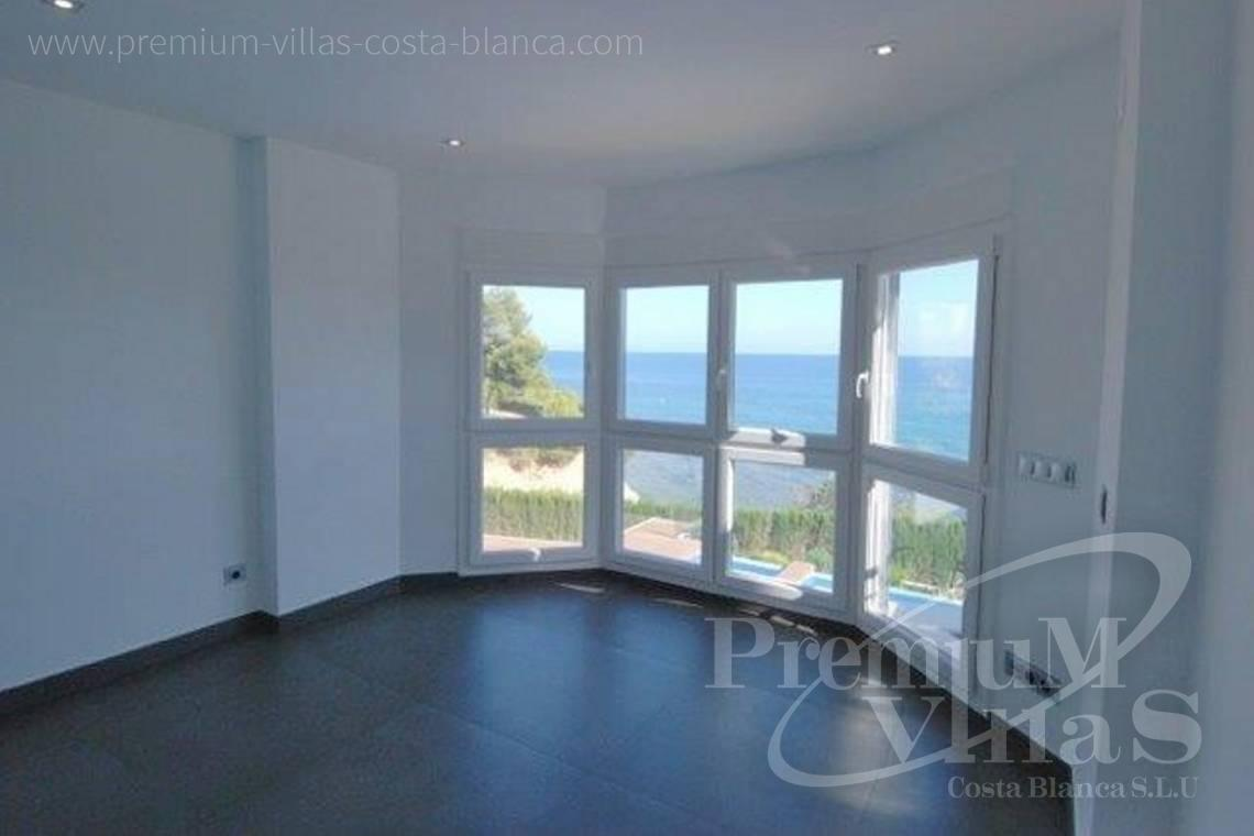 - C1645 - 1st sea line: Modern luxury villa with access to the beach in Calpe 9