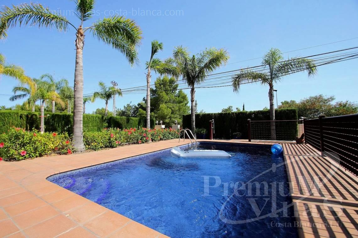 Villa with private swimming pool in Bello Horizonte urbanization  - C2071 - Well maintained villa nearby Altea 2
