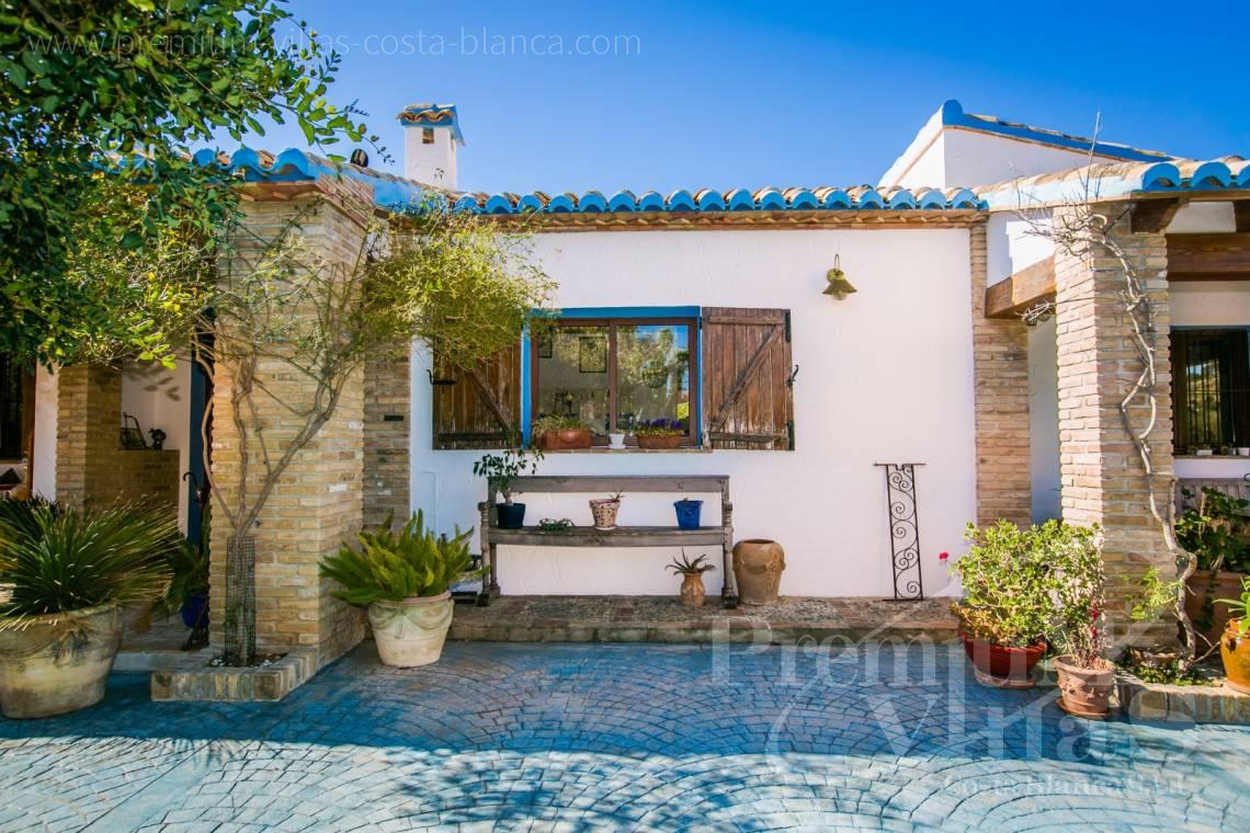 - C2170 - Beautiful finca in Benissa with breathtaking sea views 30