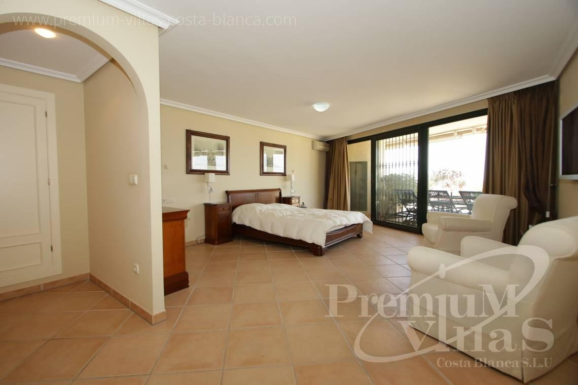 - A0527 - Very spacious apartment with a 162 sqm terrace and fantastic sea views 14