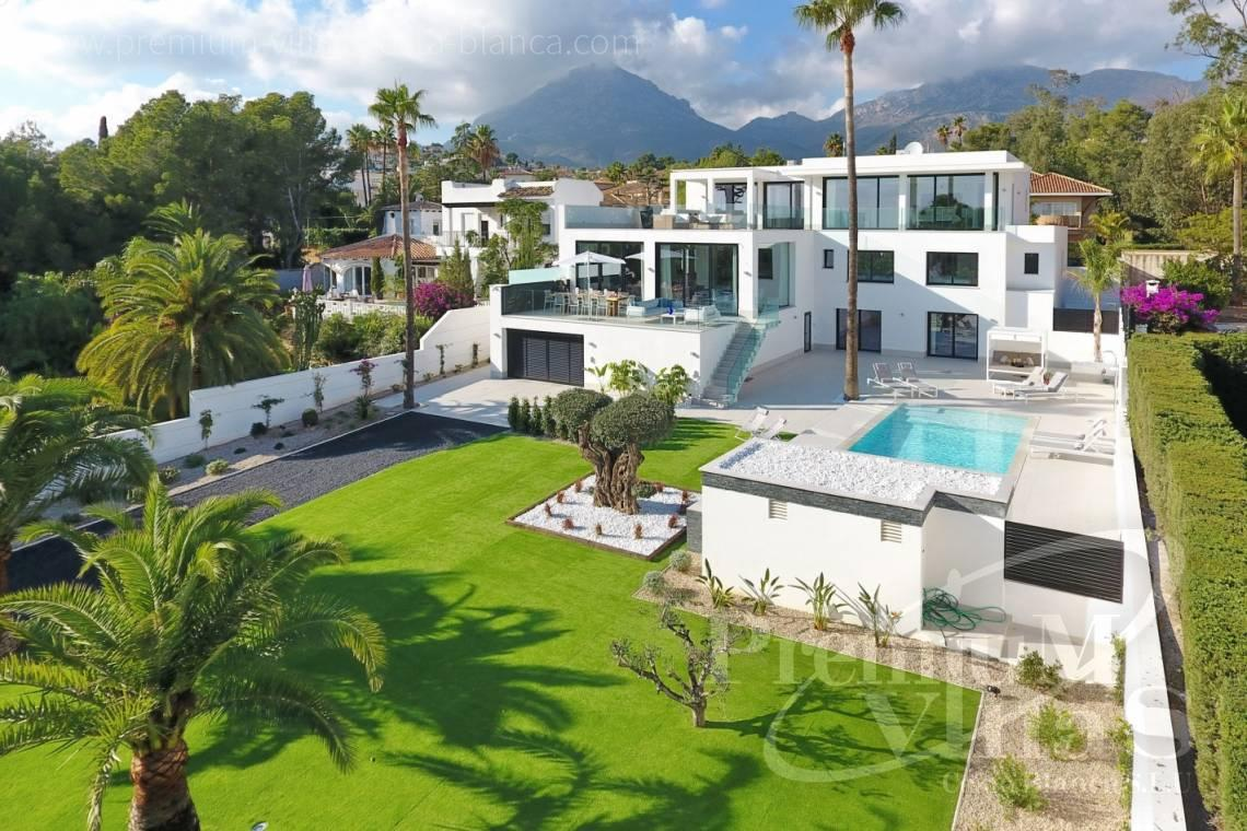 Modern 7 bedroom villa for sale with sea views in La Nucia Spain - C2010 - Modern villa with large guest apartment 2