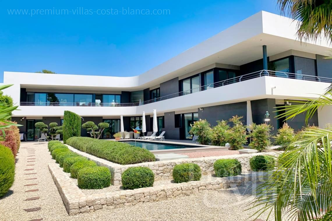 - C2433 - Spacious modern luxury villa in Moraira 1