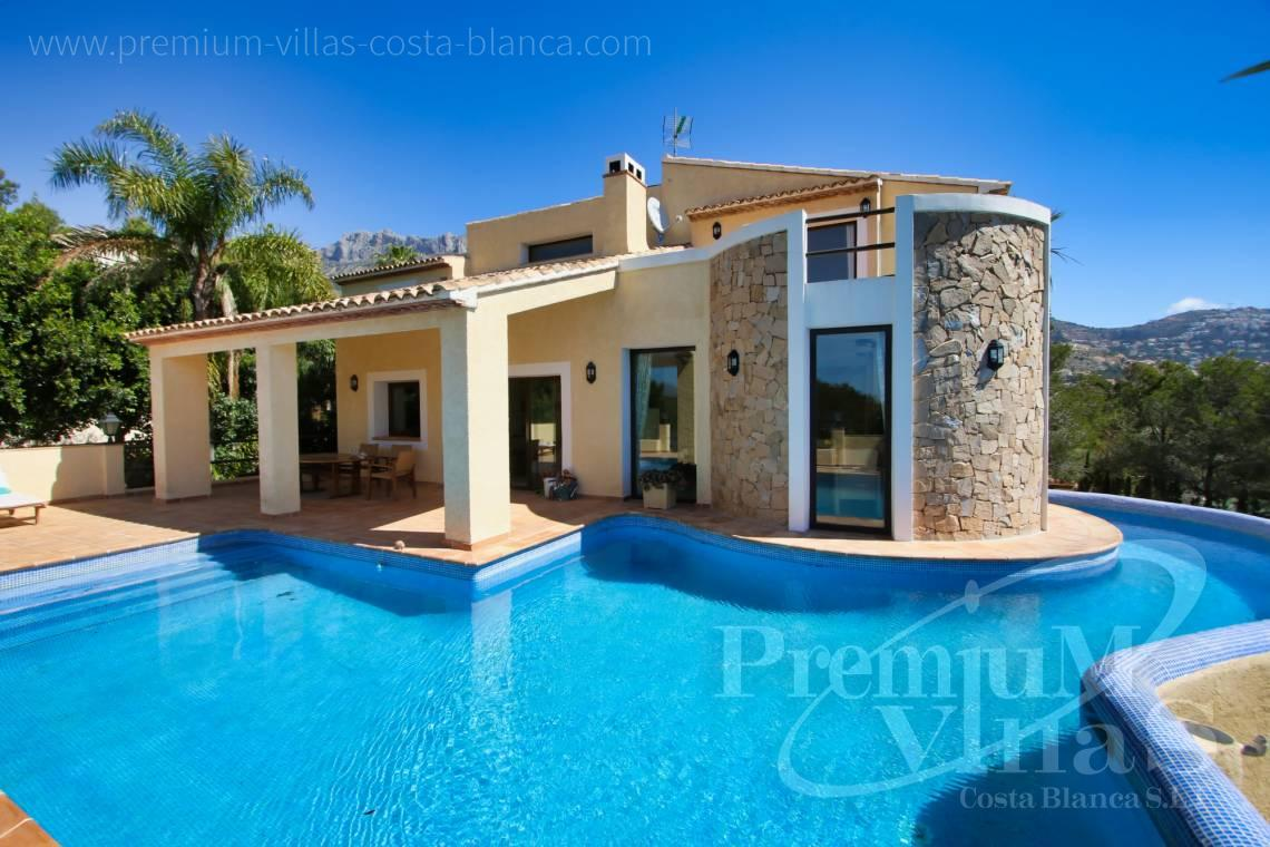 4 bedroom villa for sale in Altea La Vella Spain - C2274 - 4 bedroom villa with sea views in Altea La Vella 1