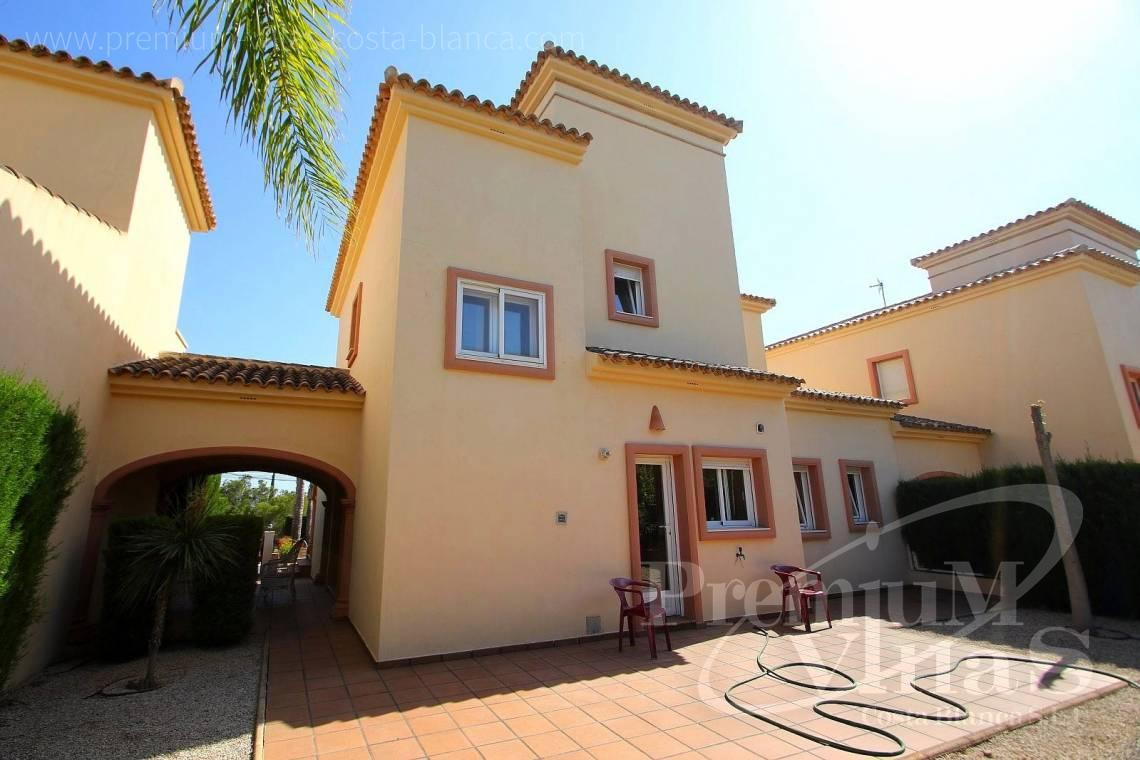 - C2071 - Well maintained villa nearby Altea 13