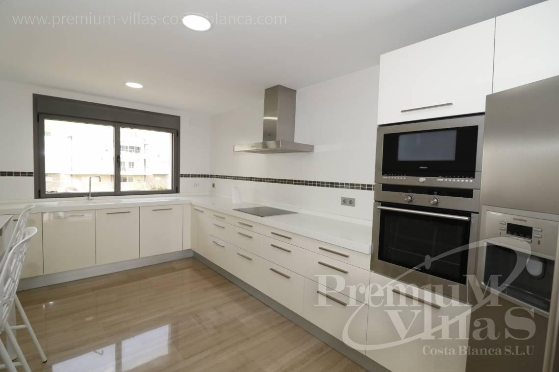 - A0610 - Beach apartment in residential Mascarat Beach 6