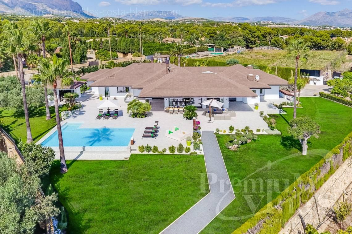 Mansions for sale Alfaz del Pi Costa Blanca Spain - C2096 - Amazing Villa in Alfaz del Pi with a plot of 12,000 m2 1