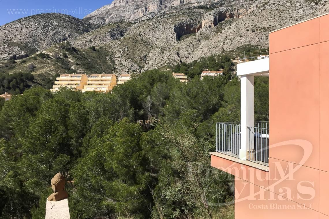 Buy villa house close to the golf course Altea - C2193 - Modern villa near the golf course with stunning views at a very good price! 3