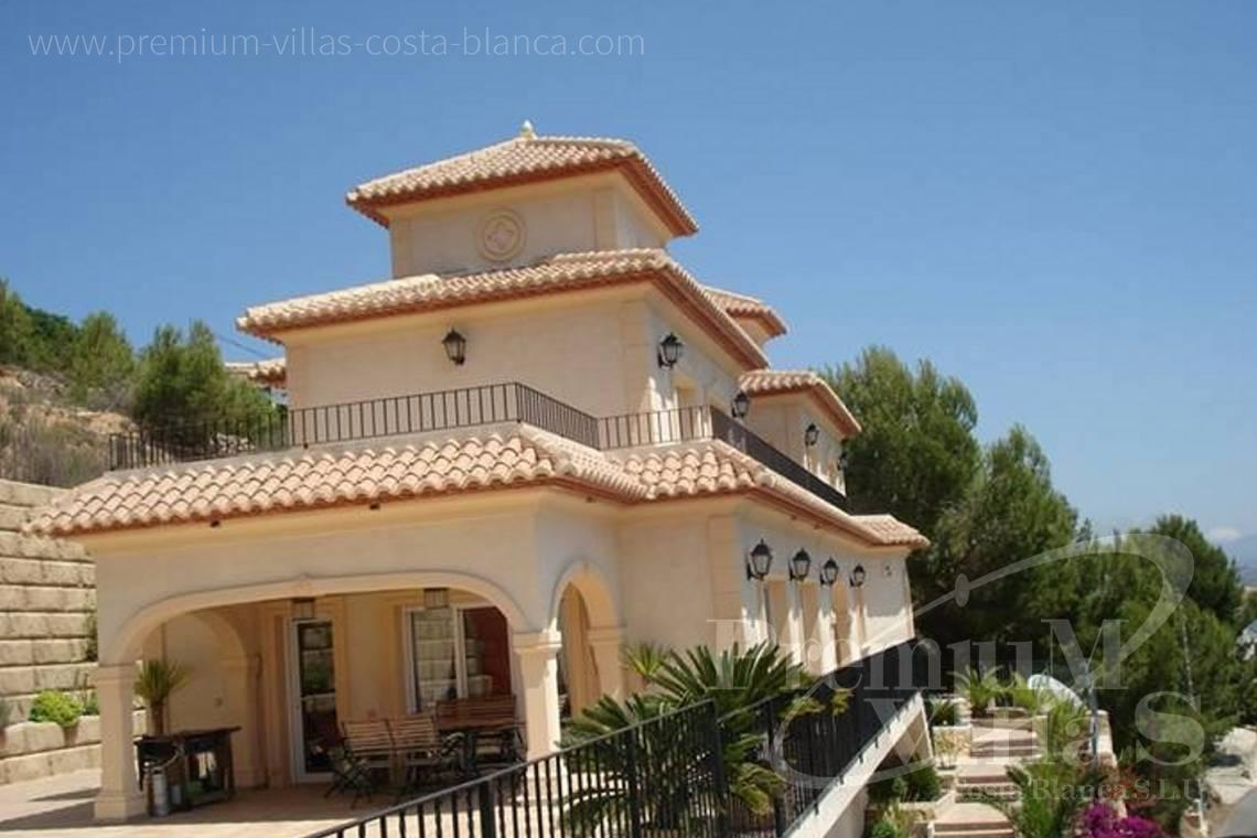 buy house villa Altea Costa Blanca - C1776 - Villa with amazing panoramic sea views in an elevated position. 4