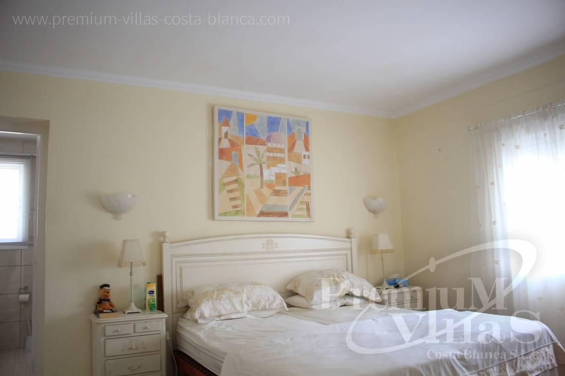 C1984 - Villa for sale close to the beach with a guest apartment and nice sea view 27