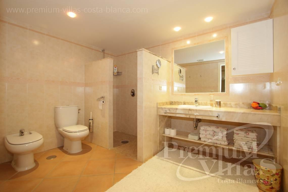 - A0527 - Very spacious apartment with a 162 sqm terrace and fantastic sea views 18