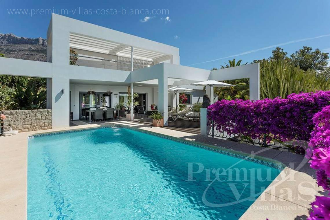 - C1765 - Modern villa at the golf course in Altea with panoramic views 1