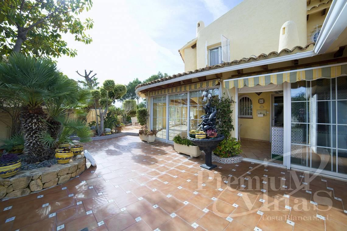 - C2028 - Beautiful and spacious villa with sea and mountain views 24