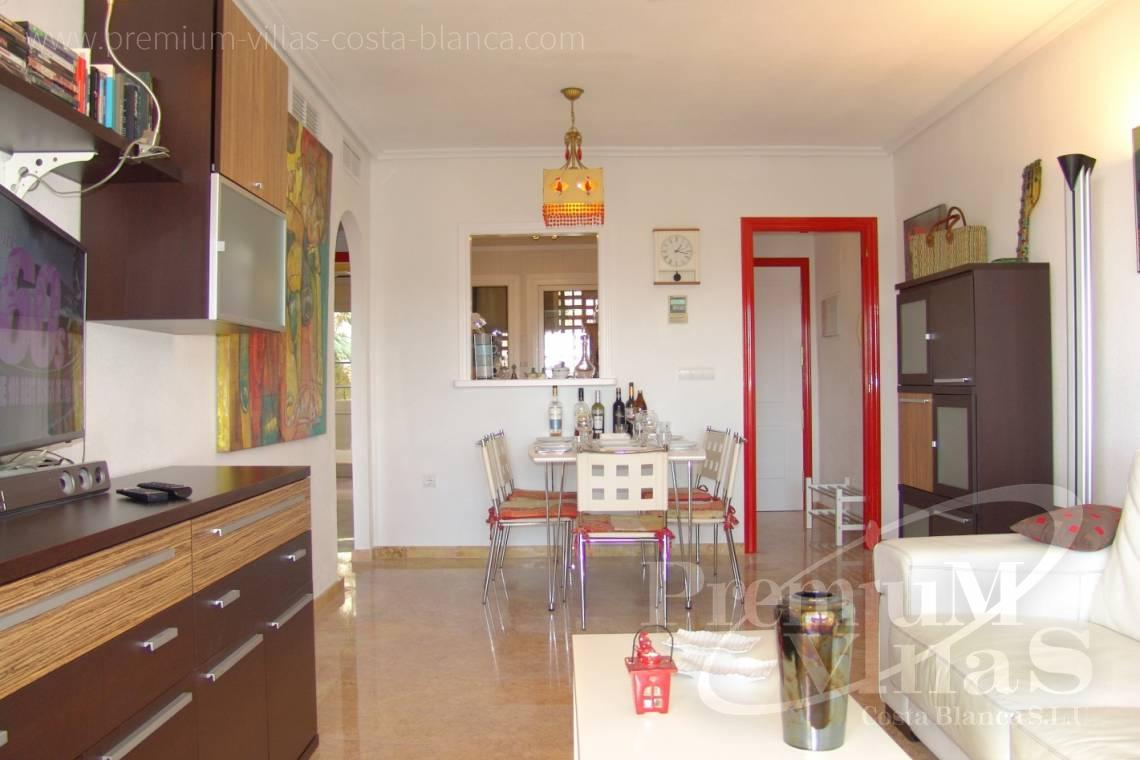 - A0576 - Modern apartment just a few metres from the beach with sea and mountain views 12