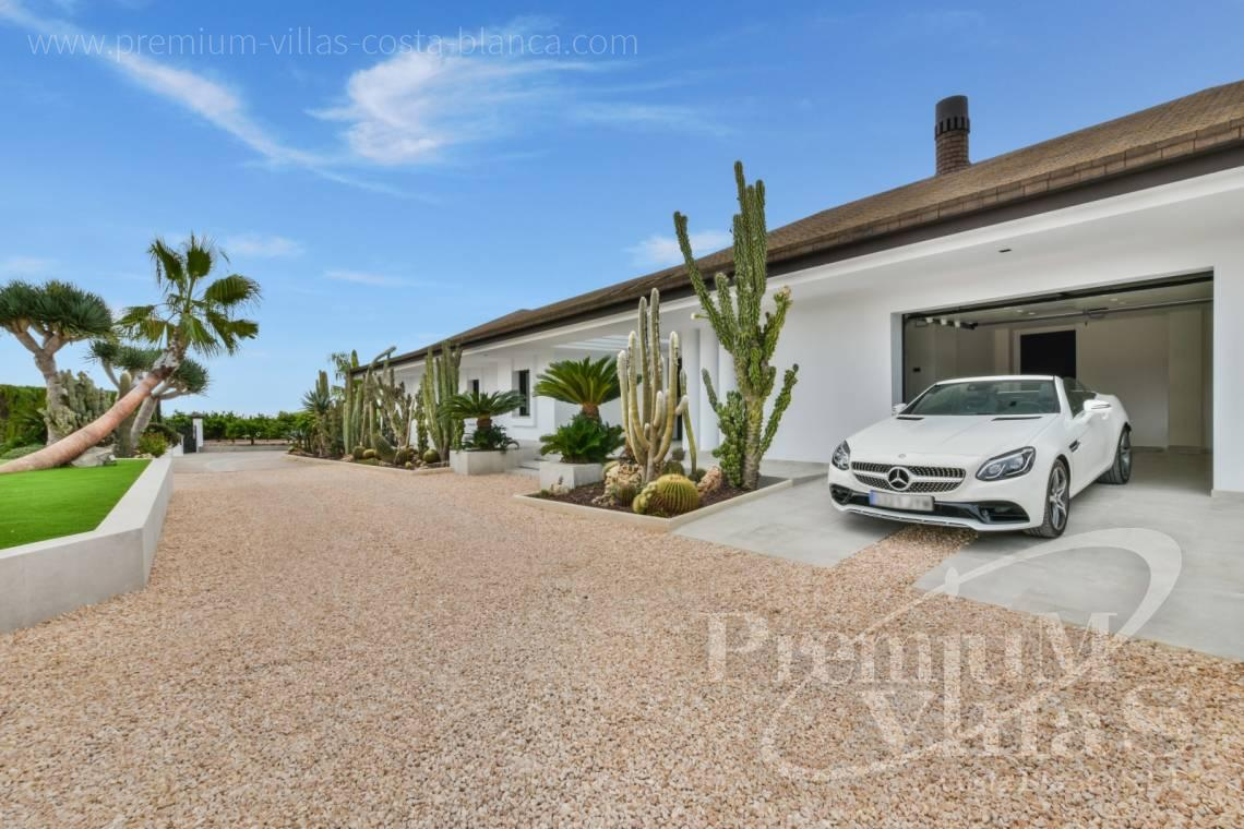 - C2096 - Amazing Villa in Alfaz del Pi with a plot of 12,000 m2 21