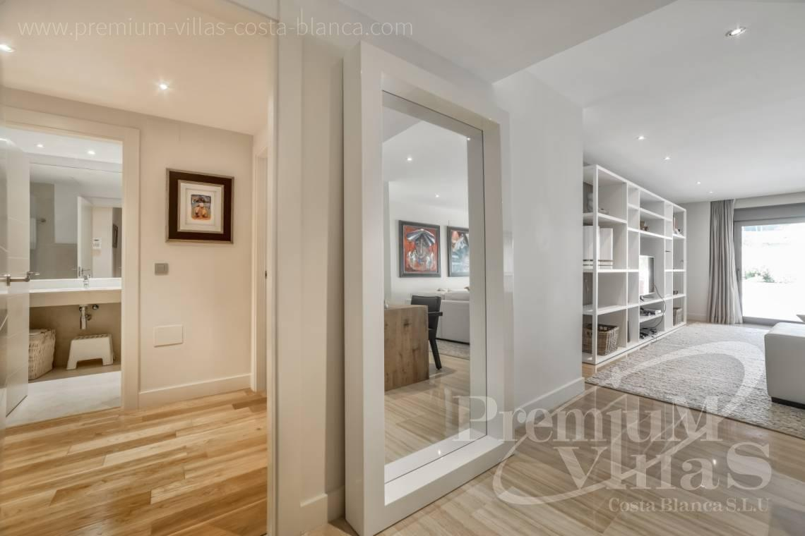 - A0606 - Seafront apartment in residential Mascarat Beach 16