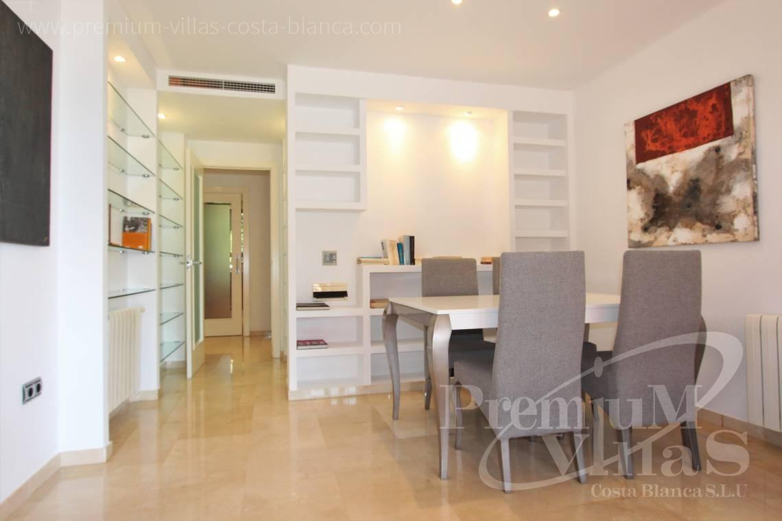 - A0640 - Ground floor with sea views in Finestrat 12
