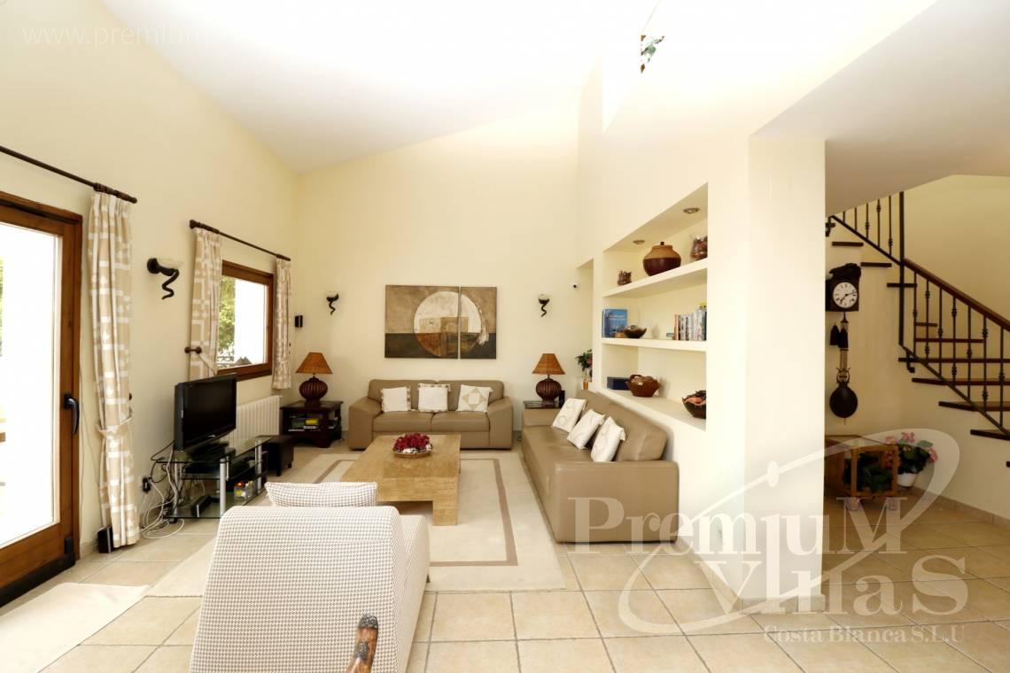 - C2274 - 4 bedroom villa with sea views in Altea La Vella 11