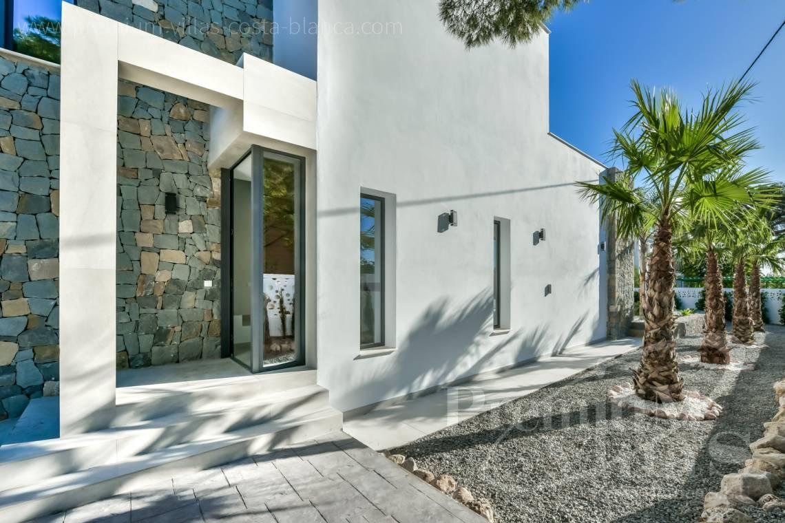 - C2368 - Modern villa with sea views in Calpe 24