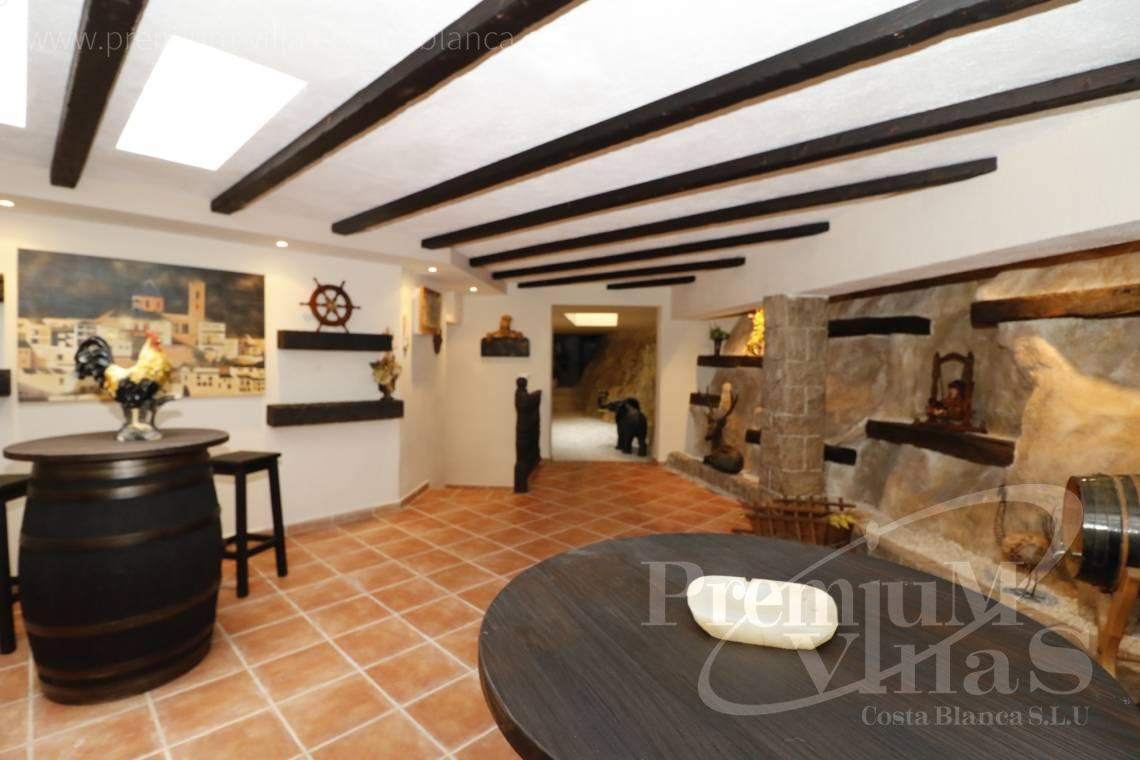 - C2237 - Luxury villa in urb. Santa Clara with guest house 34