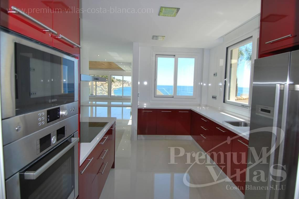 - C1436 - Modern front line villa in Benissa with direct access to the beach 6