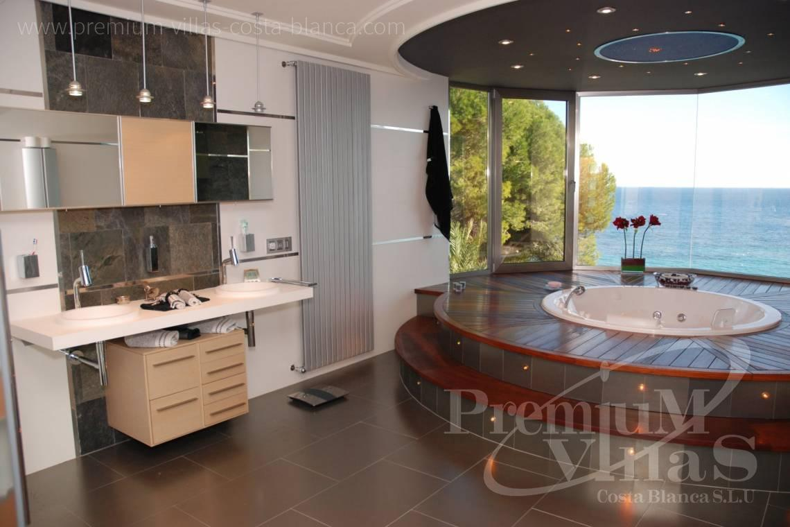 - CC2340 - Luxury frontline villa in Calpe 15