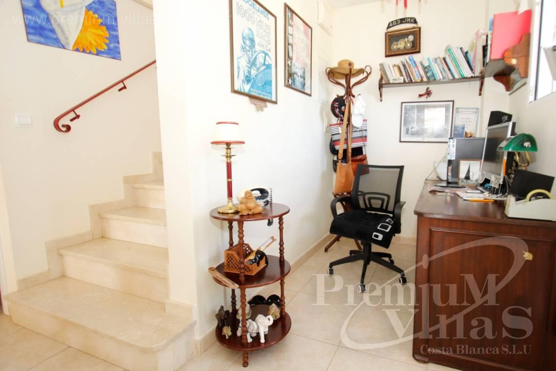 - C2183 - Villa in central urbanization of Calpe close to the beaches and all amenities 23