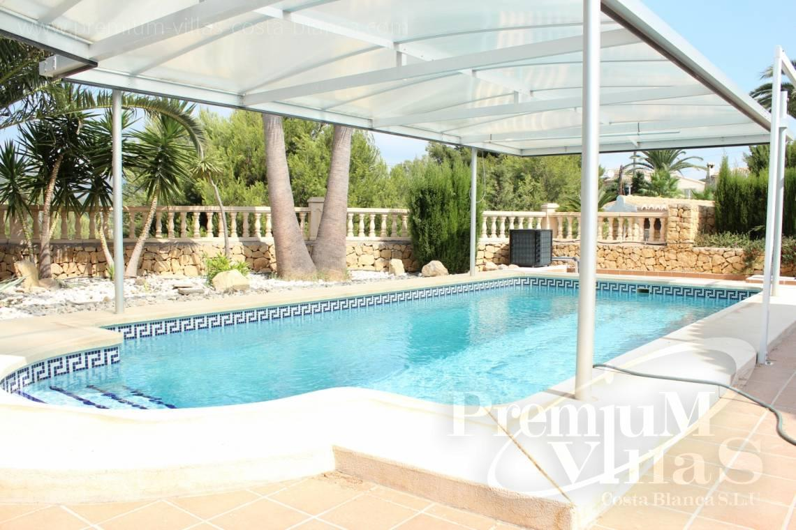 House villa for sale with private swimming pool Calpe Costa Blanca - C1300 - Villa with mountain views near the sea in Calpe for sale 26
