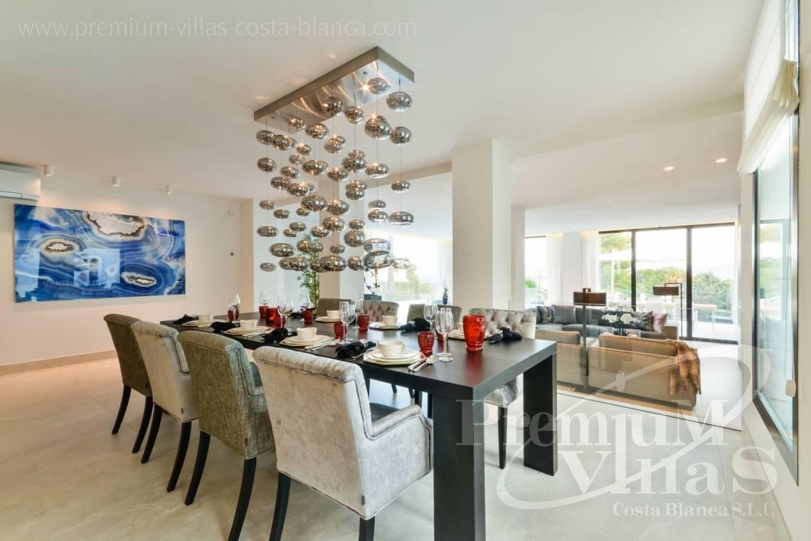 - C2010 - Modern villa with large guest apartment 27