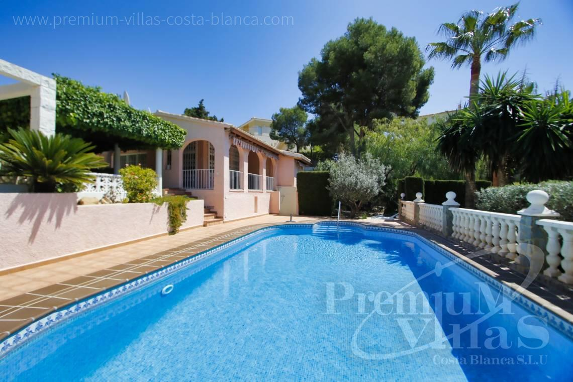 - C2129 - Privately located villa with sea view and beautiful garden in Altea 1