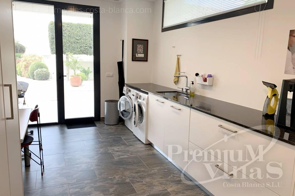 - C2433 - Spacious modern luxury villa in Moraira 31