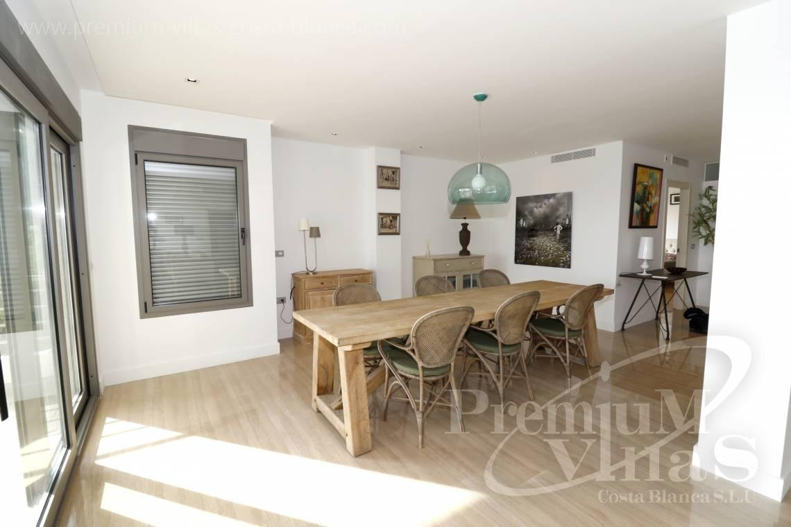 - A0610 - Beach apartment in residential Mascarat Beach 15
