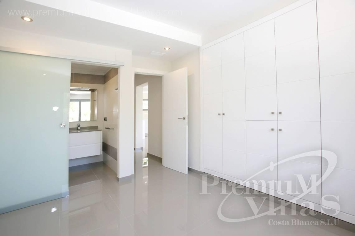 - C2451 - Modern house with sea views in Moraira 15
